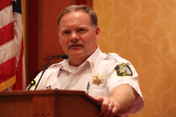 Sheriff dar leaf at a press conference